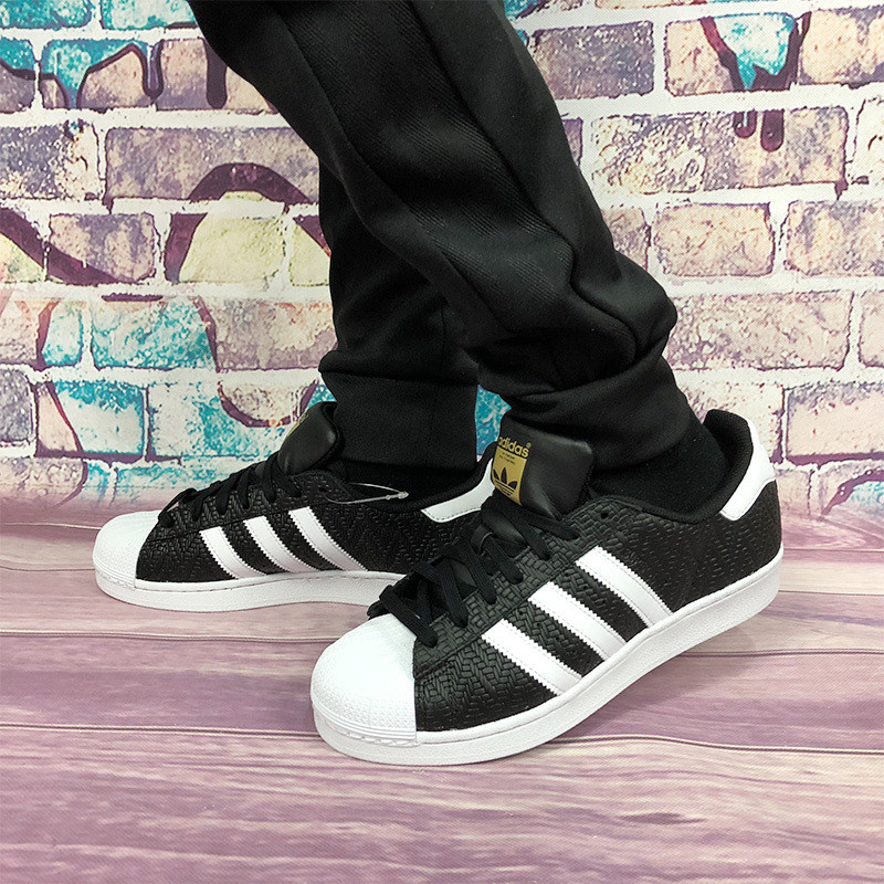 三叶草Adidas superstar贝壳头经典板鞋幸运格黑白  黑色 图片3