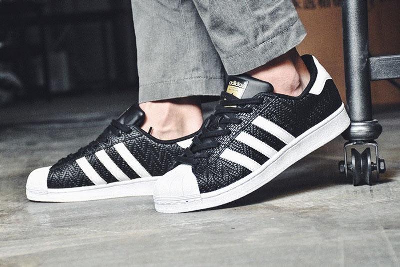 三叶草Adidas superstar贝壳头经典板鞋幸运格黑白  黑色 图片8