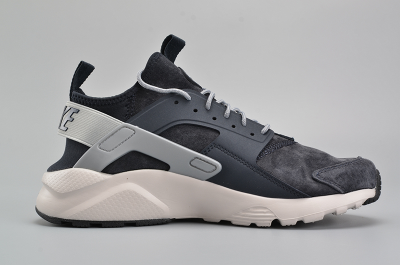 NIKEID AIR HUARACHE RUN 黑灰