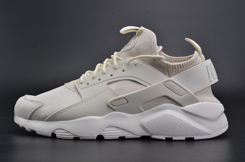 NIKEID AIR HUARACHE RUN 奶白