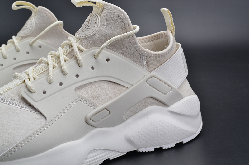 NIKEID AIR HUARACHE RUN 奶白 图片5