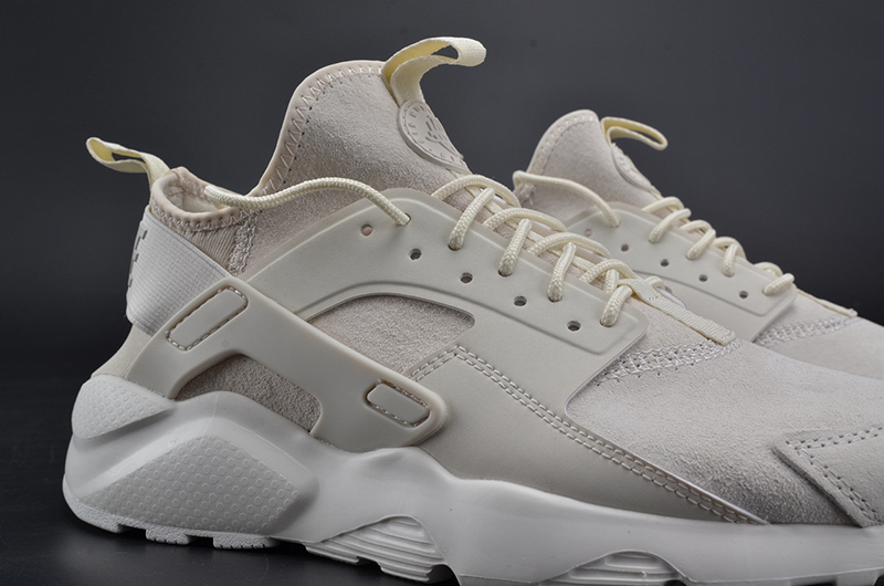 NIKEID AIR HUARACHE RUN 奶白 图片6