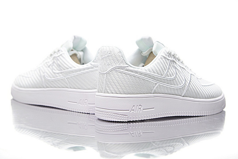 Nike Air Force  Ultraforce  low  LV8  空军一号纤维面  白色