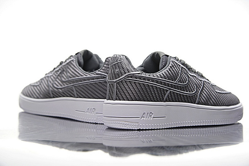 Nike Air Force  Ultraforce  low  LV8  空军一号纤维面  浅灰